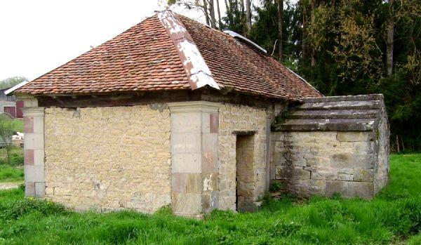La fontaine lavoir d'Amblans et Velotte
